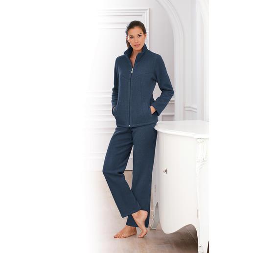 Hutschreuther Fleece-Homesuit - Viel besser als reine Kunstfaser: seltener, seidig-zarter Viskose-Fleece.