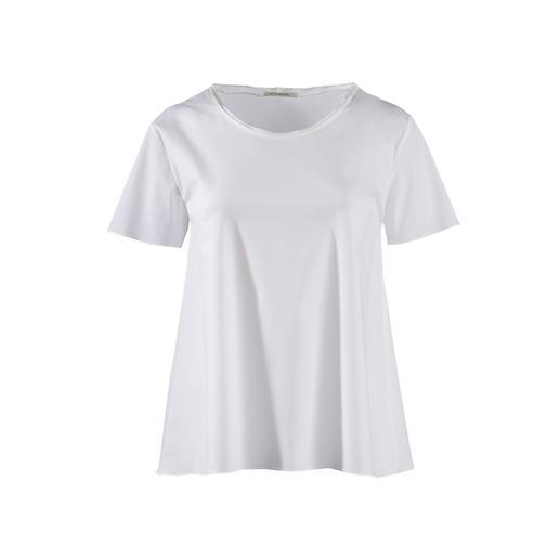 Das weiße Basic-Shirt aus feinem Blusenstoff. Edler als die meisten. Von Silk Sisters, München.