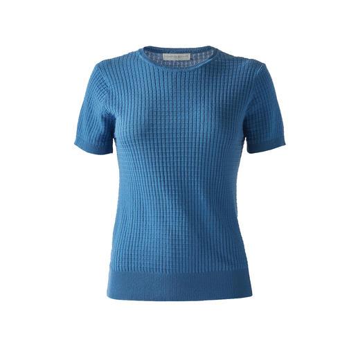 Das Strick-Shirt aus seltener Mako-Baumwolle. Deutsches Design, gefertigt in Italien. Von Funktion Schnitt, Köln.