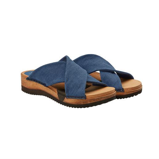 """Sanita® Holz-Pantoletten """"Hygge"""" für Ihre Füße: modische Holz-Pantoletten mit komfortabler Flex-Sohle und weichen Cross-Bändern."""
