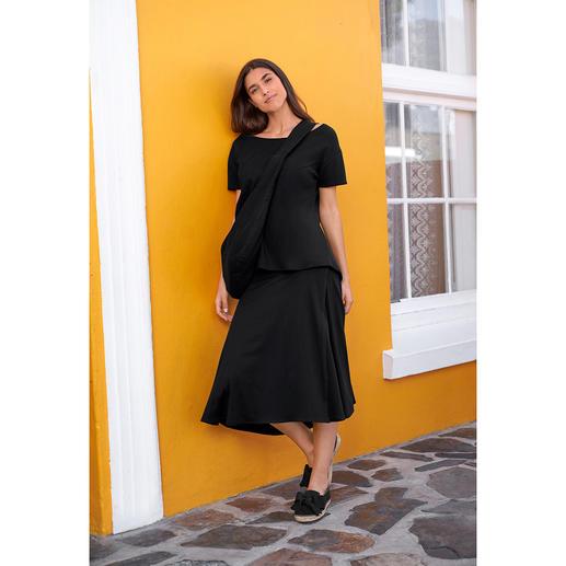 [schi]ess Jersey-Midi-Rock, -Shirt oder -Crossbody-Bag Alltagstaugliches Jersey-Ensemble oder edle Loungewear? Beides! Mit passender Crossbody-Bag.
