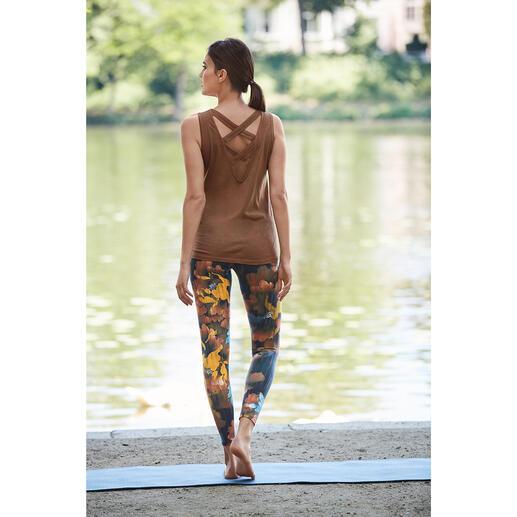 Die dreiteilige Loungewear-Kombination von Mandala, München. Bequem genug für Yoga, Tai Chi und Couch. Chic genug für die nobelsten Spas und Studios.