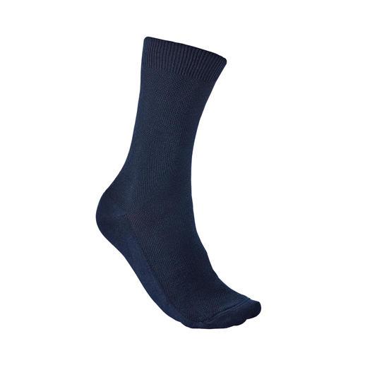Democratique Piqué-Socken Herrlich bequem und doch so selten: die Socke aus Piqué. Von Democratique/Kopenhagen.