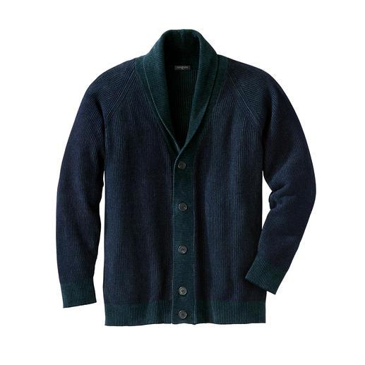 Junghans 1954 Chenille-Cardigan Made in Italy: der Schalkragen-Cardigan aus modischem Chenille-Garn. Von Junghans 1954.