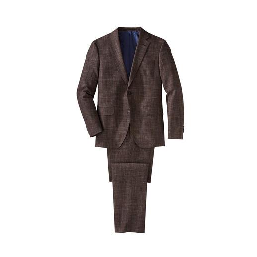 Der Allrounder unter den modisch gemusterten Anzügen ist aus feinem Glencheck-Tuch. Passt zu jeder Jahreszeit. Zu jedem Anlass. Und zu allem, was Sie schon im Schrank haben.