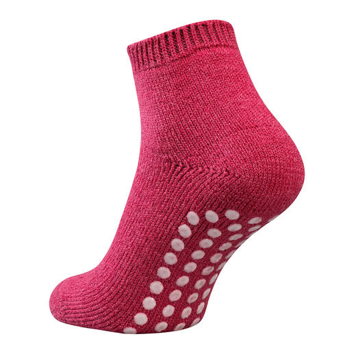 Die hautfreundlichen Socken mit Bio-zertifizierten Silikon-Stoppern. Made in Germany. Von Hirsch Sports, Strumpf-Tradition seit 1928.