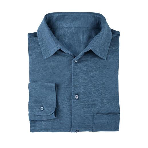 Das bequeme und knitterarme unter den luftigen Leinenhemden. Komfortabler, großzügiger Schnitt.