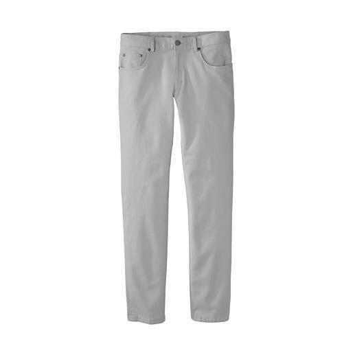 Die herrlich leichte, weiche und kühlende Five-Pocket-Hose. Aus edlem Waffelpiqué-Stoff mit microfeiner Wabenstruktur.