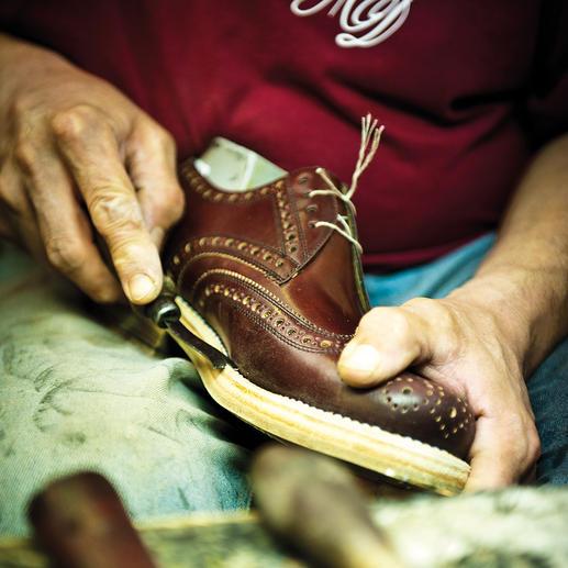 Budapester-Schuh Handgenähter Budapester aus weichem Kalbleder.