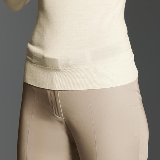 Besonders vorne zeichnen sich normale Gürtel unschön unter engen Oberteilen ab…
