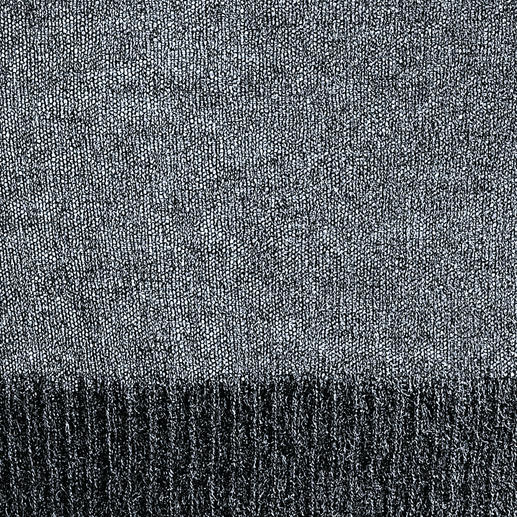 Cobweb-Pulli Seltener Cobweb-Strick. Luftig leicht und dennoch fully-fashioned gestrickt.