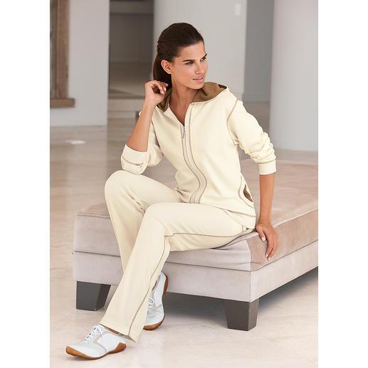 Pima-Cotton-Anzug, Ecru/Cappuccino Am Ende eines langen Tages verwöhnt Sie der weiche Komfort handgepflückter, peruanischer Pima-Cotton.