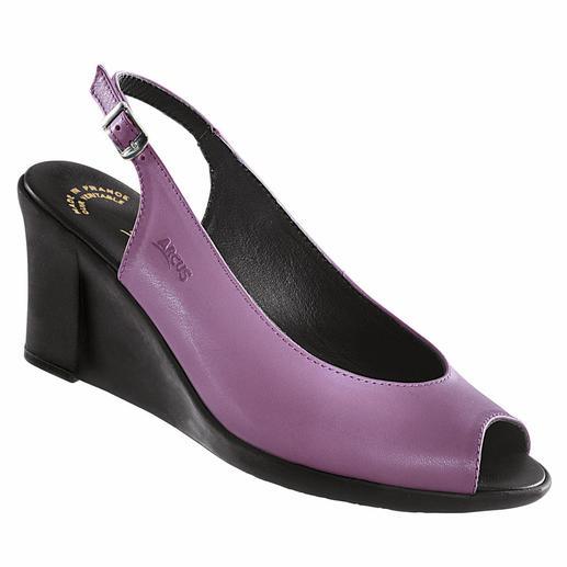 Arcus Latex-Keil-Sandale, Violett - Endlich ein modischer Keilabsatz, der wirklich bequem ist. Stoß absorbierendes Latex macht ihn so außergewöhnlich flexibel.