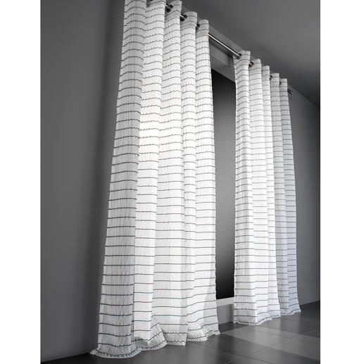 """Vorhang """"Leander"""", 1 Vorhang Aufregend anders. Technisch höchst anspruchsvoll: Die außergewöhnliche Struktur dieses Inbetweens."""