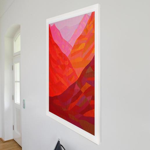 Schauen Sie das Werk von rechts an, ist ein Farbenspiel von Rot über Orange bis hin zu einem hellen Rosa zu erkennen.
