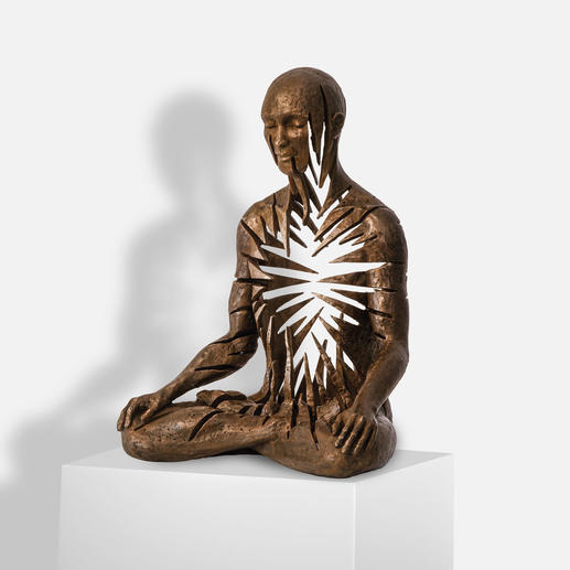 Sukhi Barber – Radiance Sukhi Barbers neueste Unikatserie. (Ihre erste war nach wenigen Wochen ausverkauft.) 16 Bronze-Skulpturen. Exklusiv bei Pro-Idee. Maße: 19 x 25 x 13 cm