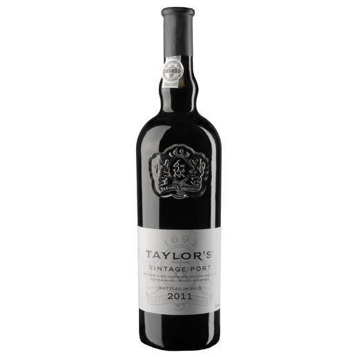 Taylors Vintage Port 2011, Portugal, Portwein - Seltene Einigkeit: 96-98 Punkte von Robert Parker. 97 Punkte im Wine Spectator. 97 Punkte im Wine Enthusiast.*