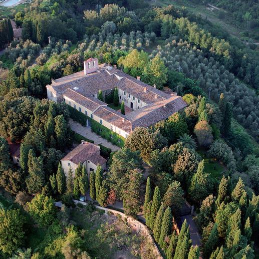 Chianti I Sodi del Paretaio 2016, Badia di Morrona, Toskana Prämiert mit der Sonderauszeichnung für ein hervorragendes Preis-Leistung-Verhältnis im Gambero Rosso 2017 für den Jahrgang 2015.