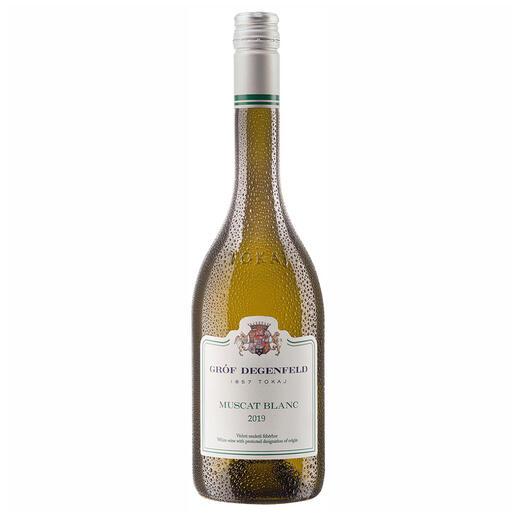 Tokaj Muscat Blanc 2019, Gróf Degenfeld Wine Estate, Tokaj, Ungarn Weltberühmt für seine edelsüßen Weine. Doch der Geheimtipp ist dieser Tokaj Muscat Blanc.